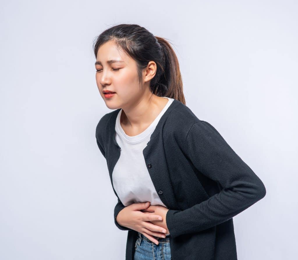 Donna con incontinenza urinaria dopo sforzo, adatta a trattamnto laser fotona